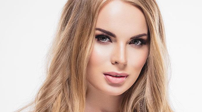 Makijaż oczu na randkę – jak podkreślić oczy