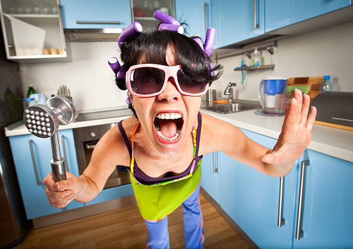 Nie daj się zwariować, czyli dlaczego warto korzystać z pomocy domowej.