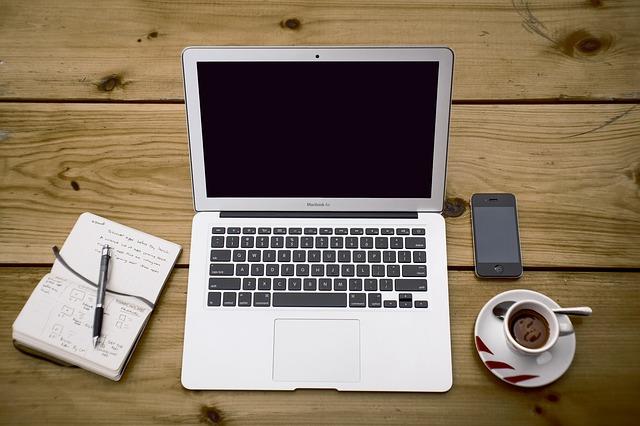 Jak przyspieszyć laptopa bądź komputer stacjonarny, gdy chodzi już bardzo wolno?