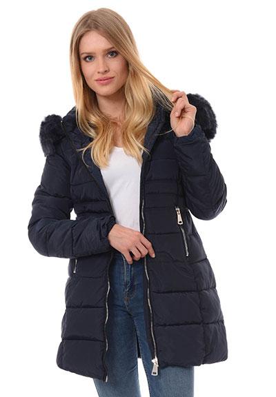 Długa czy krótka damska kurtka? Co będzie najlepsze w nadchodzącej zimie?