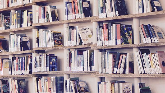 Niezbędne akcesoria domowej biblioteczki