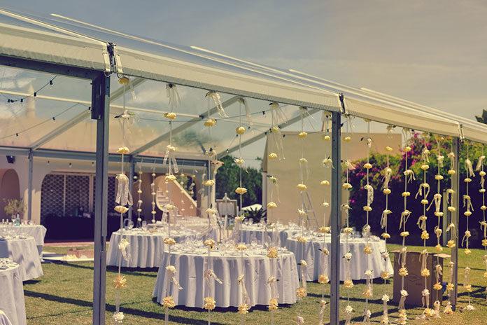 Ślub w klimacie boho – modne zaproszenia dla gości