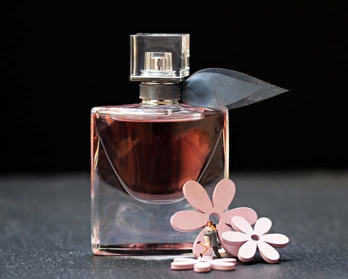 Perfumy damskie, które budzą pożądanie