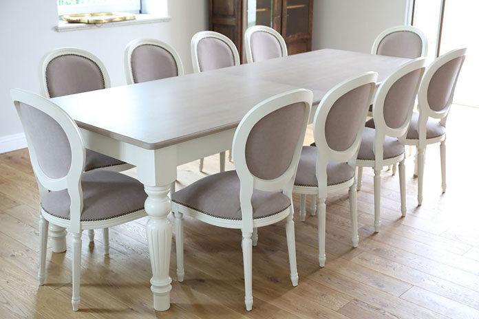 stoły stylowe