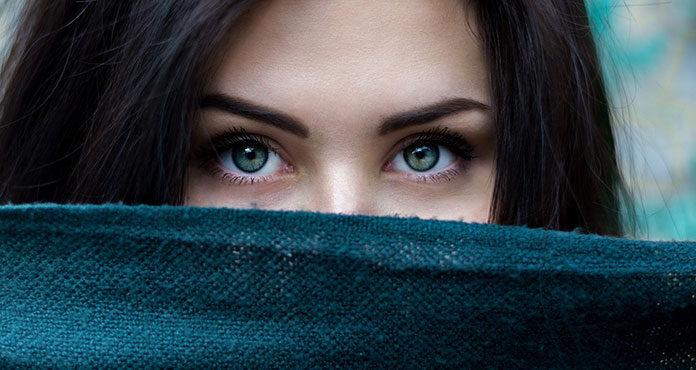 ABC prawidłowej pielęgnacji skóry wokół oczu